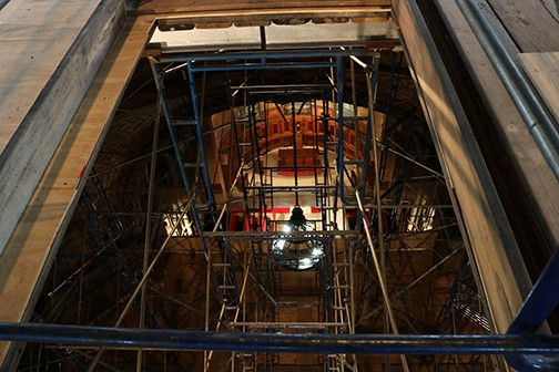 A platform scaffold has been installed in the dome, to facilitate removal of the stained-glass windows and restoration of the dome ceiling tiles