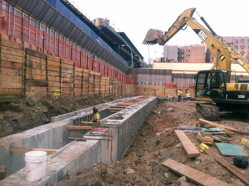 Columbia was recognized with a Diamond Engineering Excellence Award for the innovative engineering and construction techniques used during the below grade foundation project at the Manhattanville campus, which included a slurry wall.